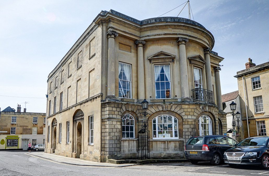 Devizes Town Hall – 47% Energy Reduction